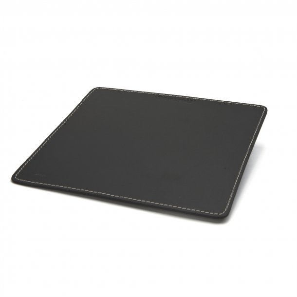 MOUSEPAD BLACK WITH WHITE STITCHING 20 X 20 cm.