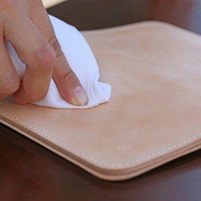 Produits d'entretien du cuir